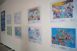 Exposición de dibujos en el Palacio Municipal.