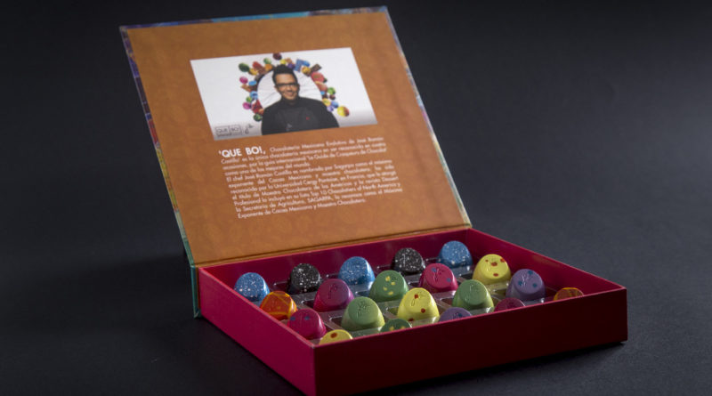 "José Ramón Castillo ingresa por sexta ocasión a ""Le Guide des Croqueurs de Chocolat""; Gana también dos medallas en la final de los International Chocolate Awards"